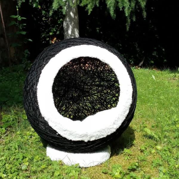 Siyah Kedi Yatak-Tırmalar